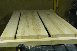Кухонный стол из дерева своими руками