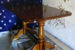 Деревянный стол на кухню своими руками