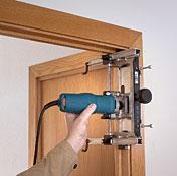 Установка межкомнатных дверей инструкция видео