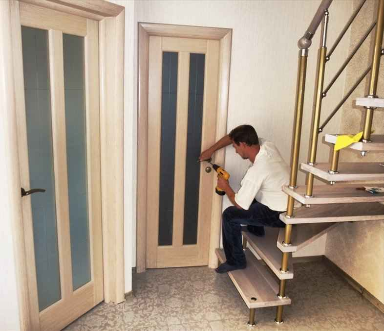 Фото установки межкомнатных дверей своими руками