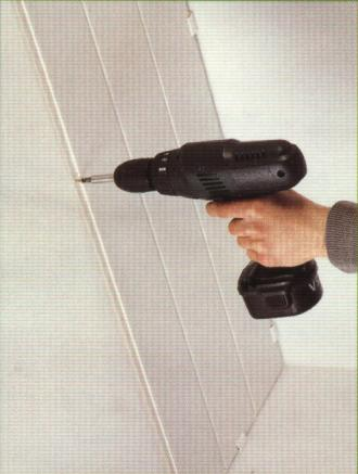 Монтаж каркаса стеновых панелей из пвх 63