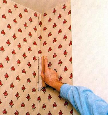 как клеить фотообои на дверь: