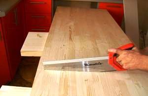 Чем покрыть кухонный стол